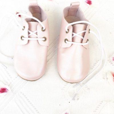 1e440843288 babyschoentjes - Babyhuis Teuntje Pluis